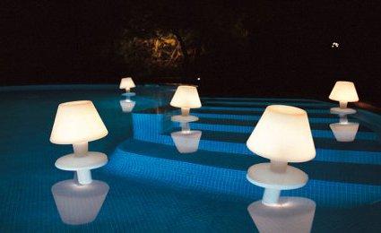 Lampe waterproof design   Hector Serrano