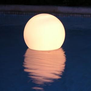 Lampe extérieur design Acquaglobo | Slide
